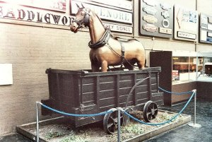 For sale! super fast horse - a cunning way to market!